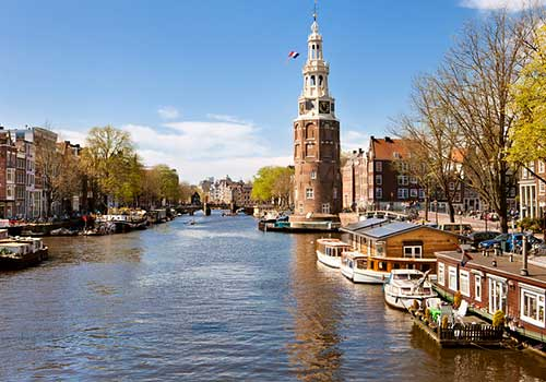 amsterdam-canals-houseboats