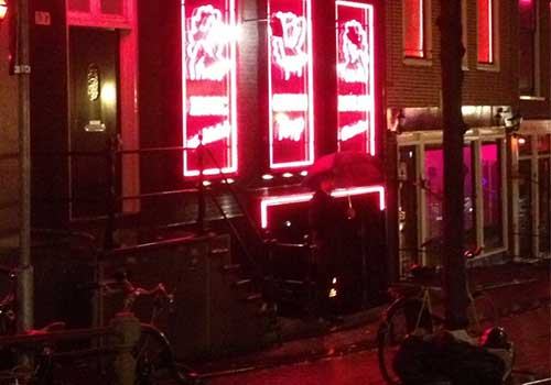 amsterdam-canals-red-light