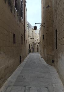 Side-Street=Medina-Malta