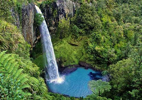 New-Zealand-Bridal-Veil-Falls.