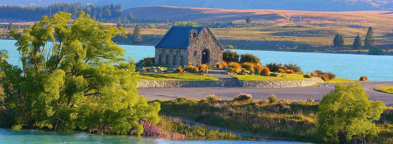New-Zealand-lake-Tekapo.