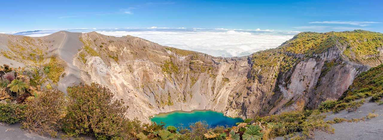 Costa-Rica-volcano-crater-lagoon