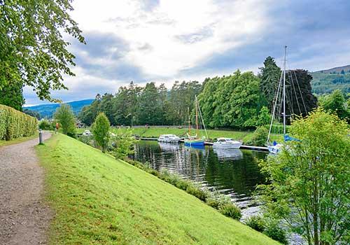 Luxury Barge Cruising - Footpath
