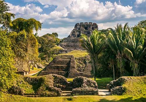 Belize - Mayan pyramid